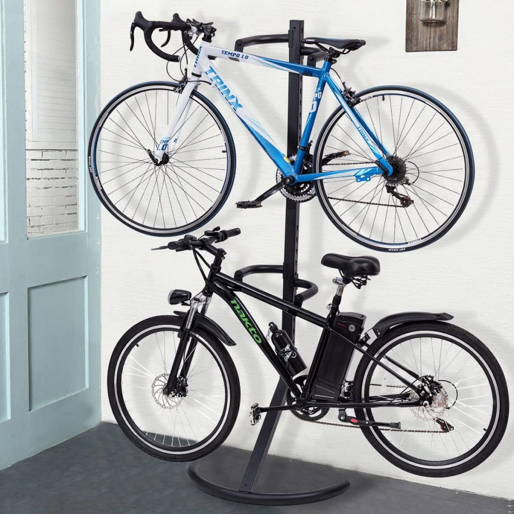 Gravity freestanding bike stand